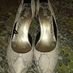 Brash Size 13 woman's heels